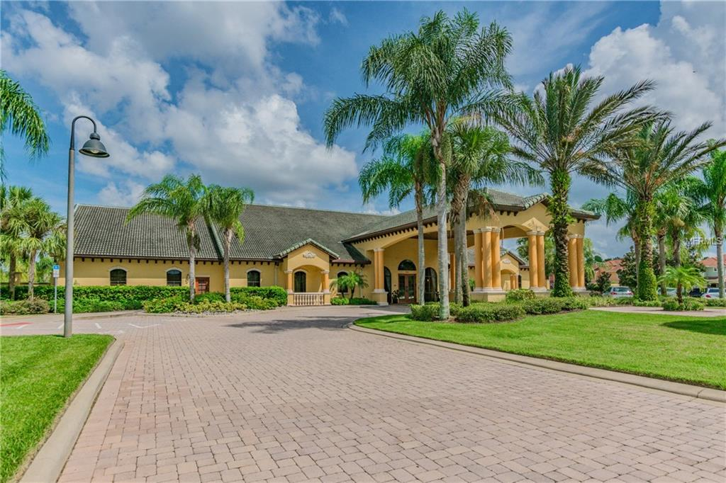 Slide show image of the Orlando Florida Home for Sale 18