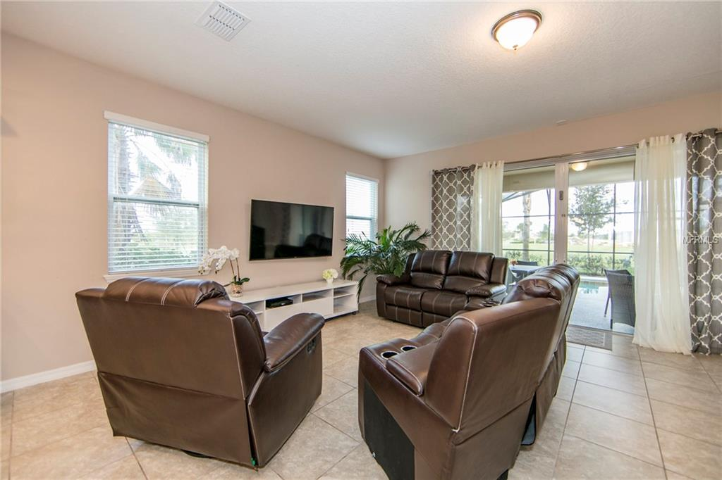 Slide show image of the Orlando Florida Home for Sale 04