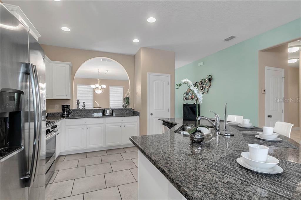 Slide show image of the Orlando Florida Home for Sale 05