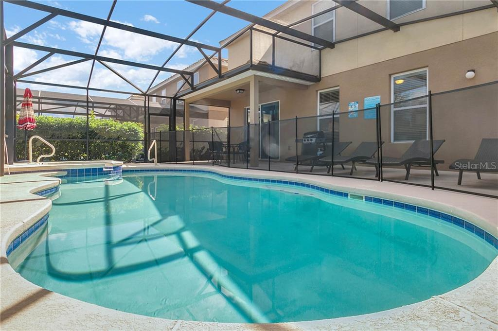 Slide show image of the Orlando Florida Home for Sale 10