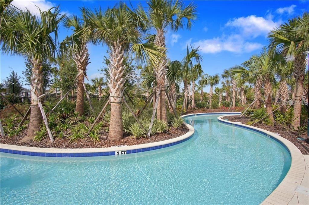 Slide show image of the Orlando Florida Home for Sale 41