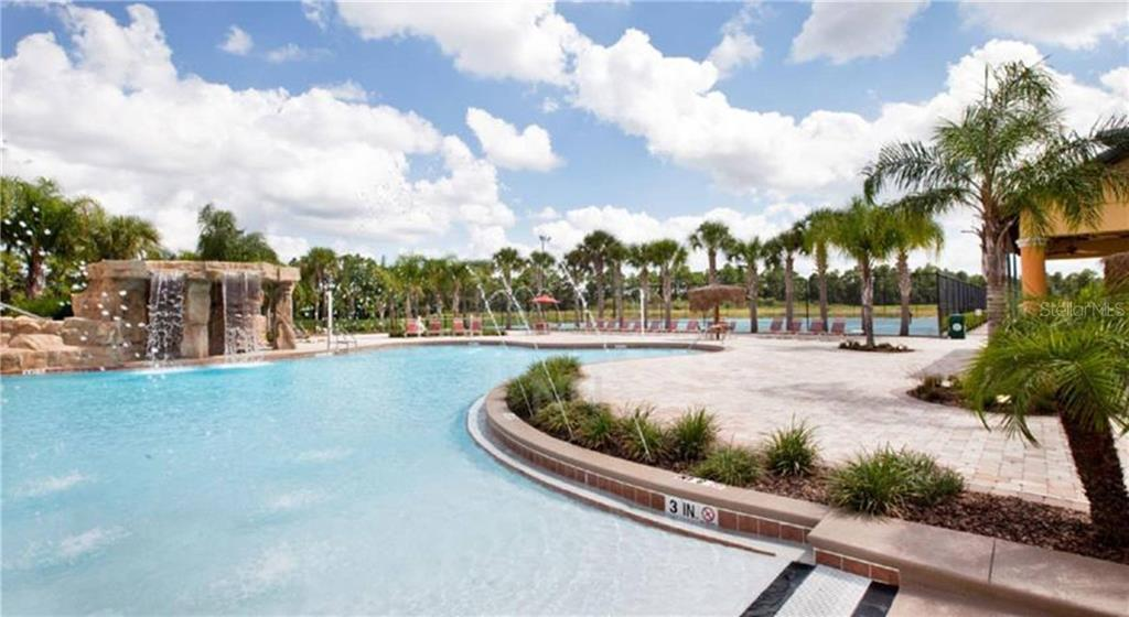 Slide show image of the Orlando Florida Home for Sale 33